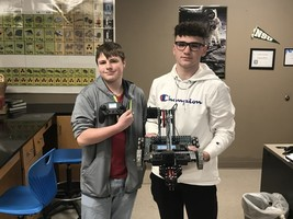 Students Build Vex Robots!